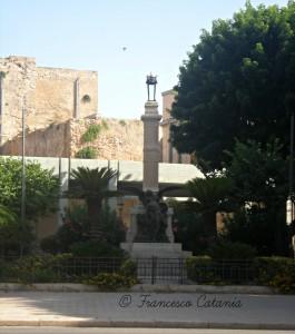 Il Monumento ai Caduti_©
